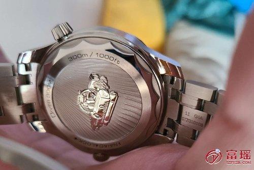 欧米茄海马系列210.30.42.20.01.002腕表外观