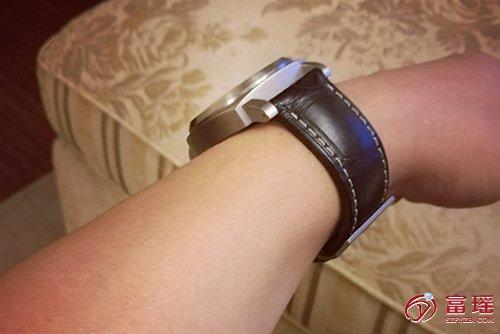沛纳海LUMINOR系列PAM00564腕表回收